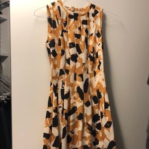 H&M printed pleated sleeveless dress